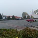 Fast leerer Parkplatz