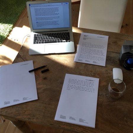handschriftlich einen Brief schreiben